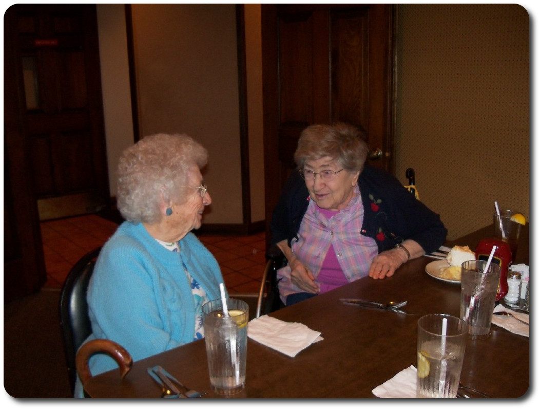 Residents from Oak Wood & Oak Lane enjoying friendly conversation on our Quincy outing.